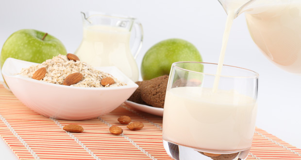 recipe-low-carb-almond-milk