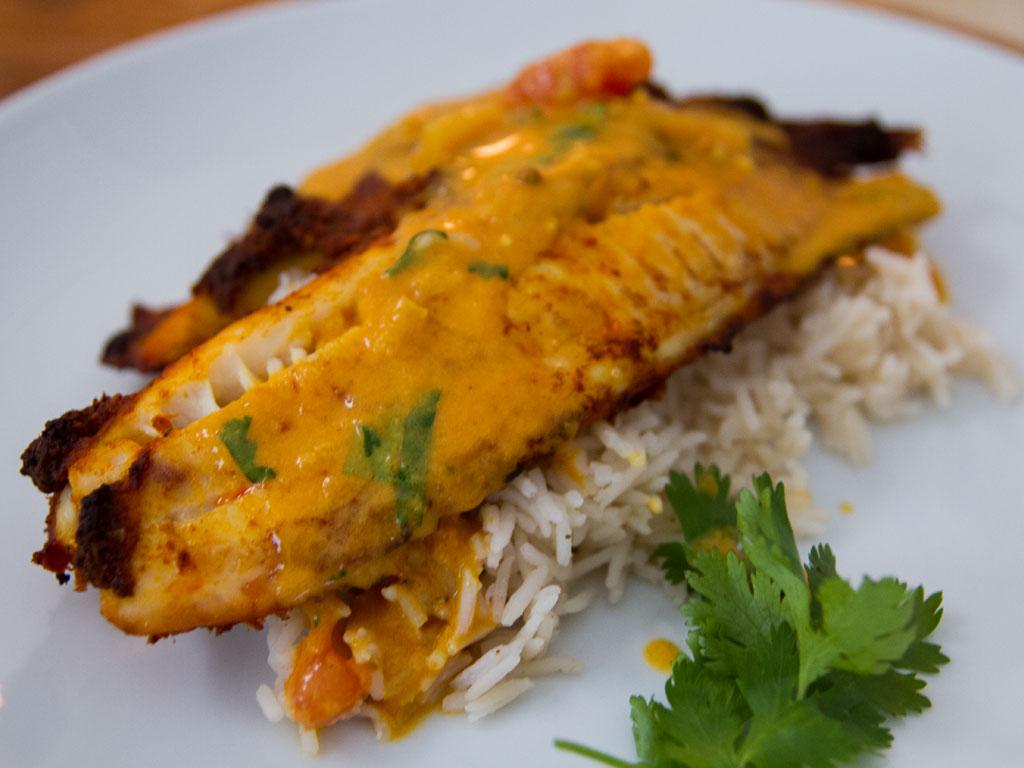 omega-3-roasted-tilapia-tomato-curry-sauce-01