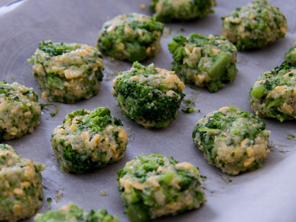 mini-broccoli-bites-02