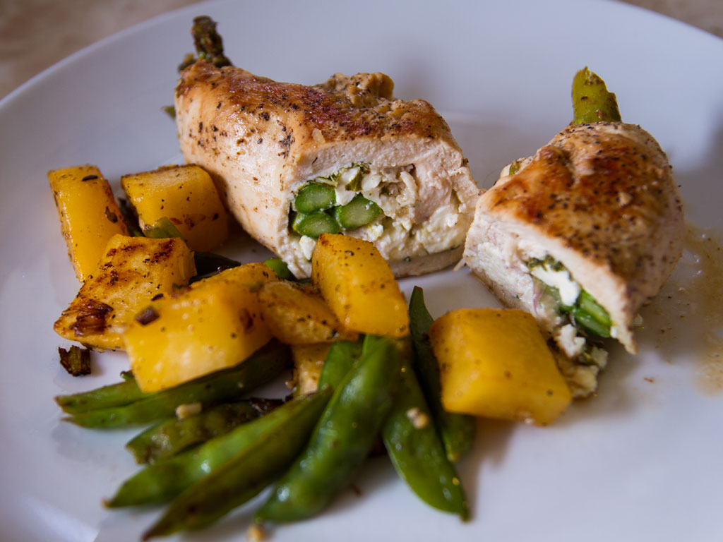 asparagus-chicken-roulades-01