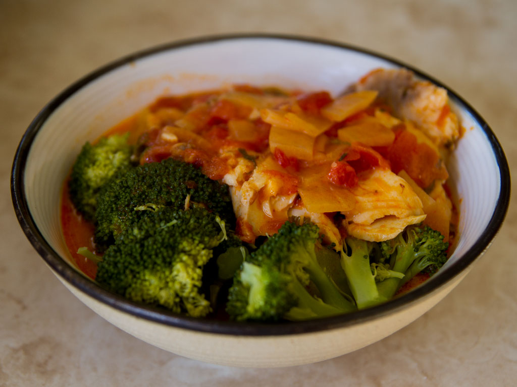 tilapia-in-tomato-saffron-broth-with-broccoli-01