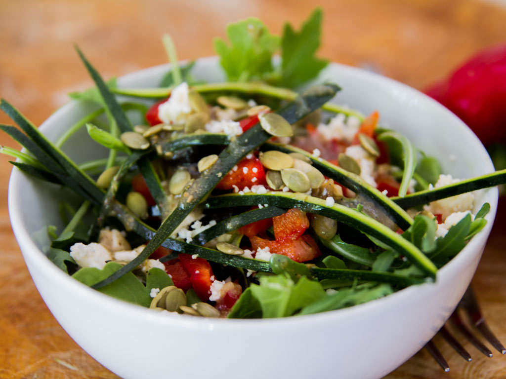 simple-arugula-lunch-salad-01