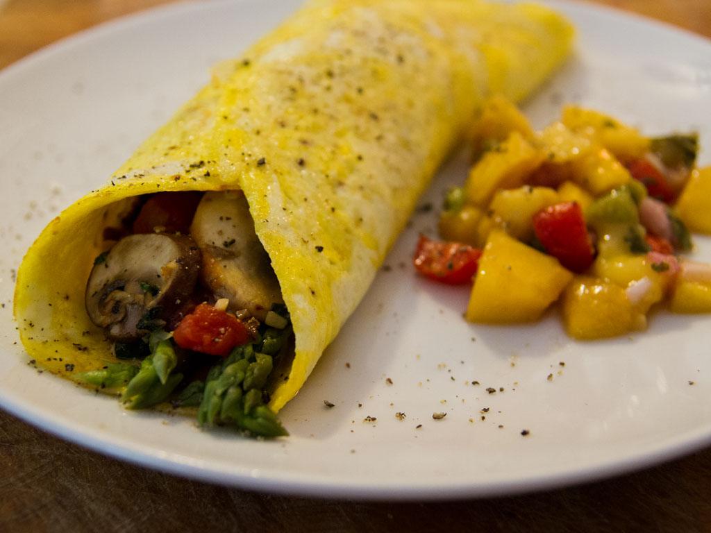 mushroom-and-asparagus-baked-omelet-01
