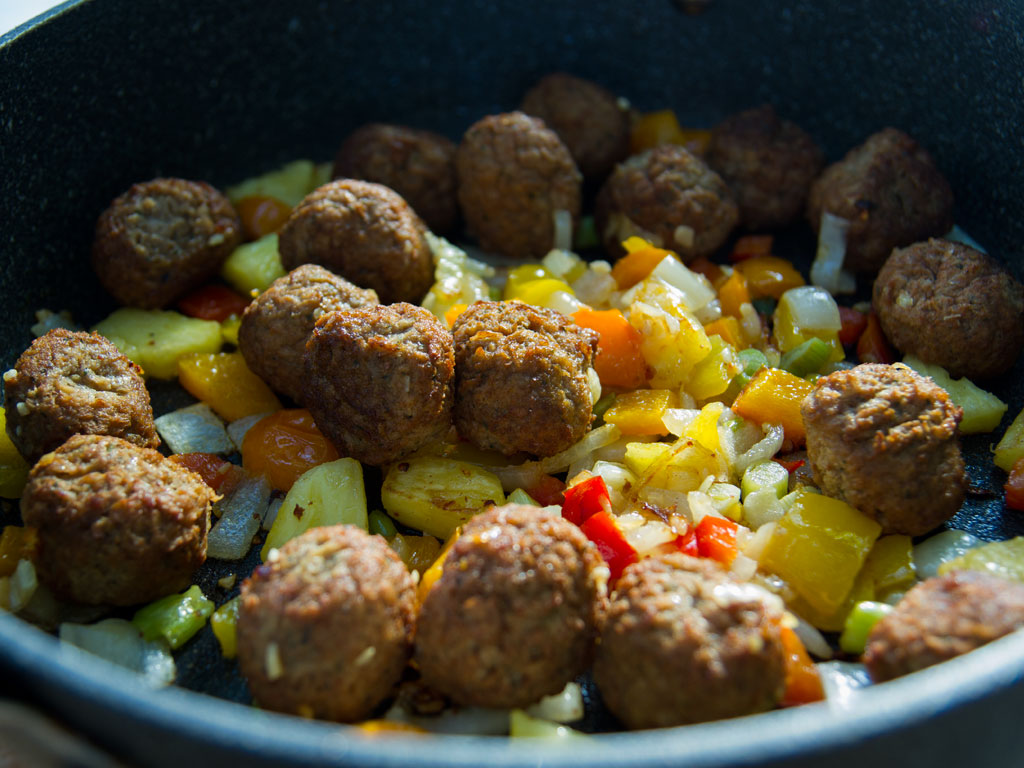 curried-meatballs-02