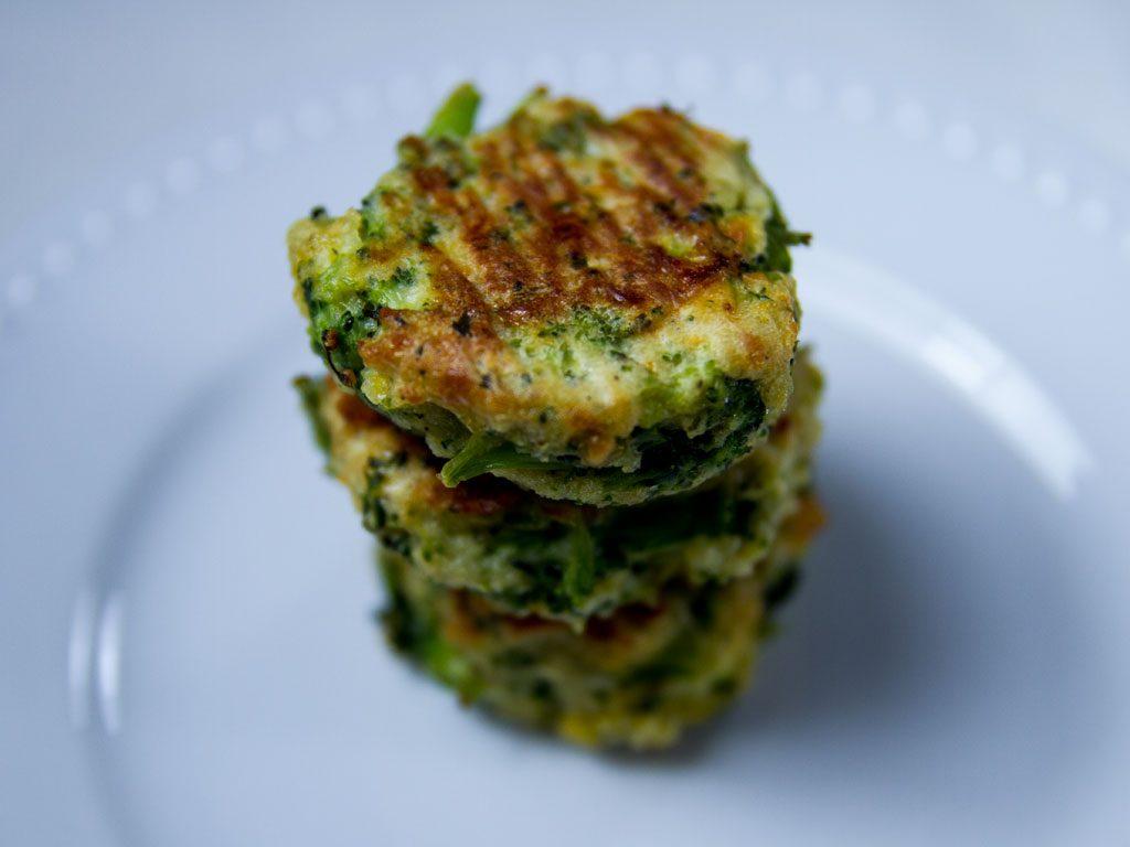 mini-broccoli-bites-01