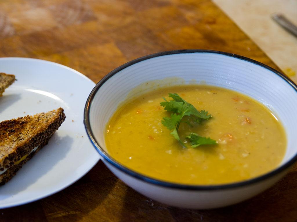 pressure-cooker-red-lentil-split-pea-soup-01