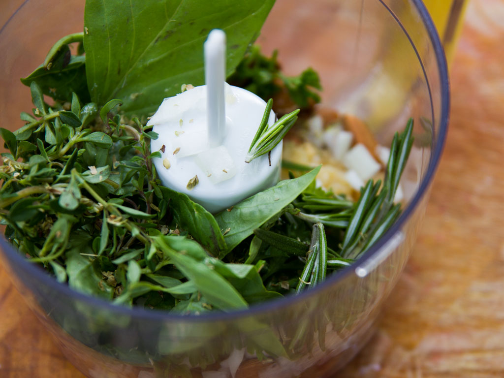 caesar-salad-with-nutty-croutons-03