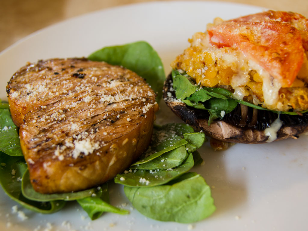 quinoa-stuffed-portobello-mushrooms-01