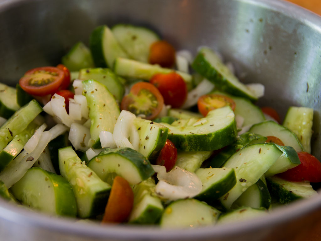 cucumber-and-cherry-tomato-salad-01