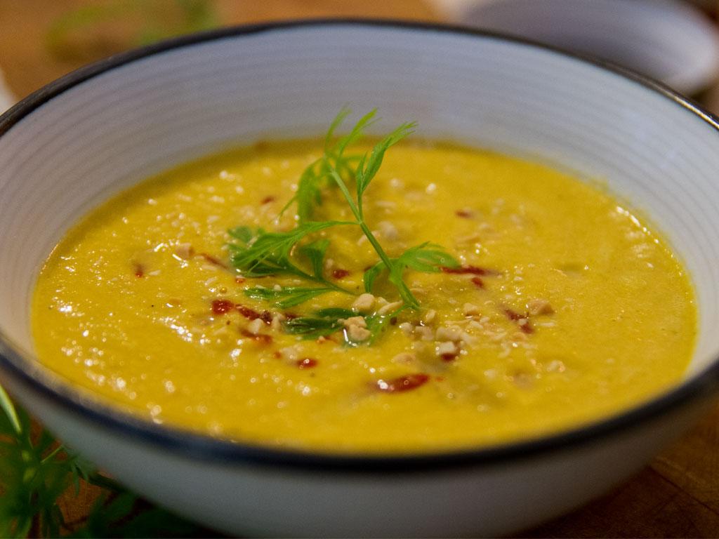 coconut-carrot-thai-soup-01